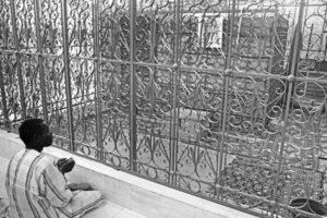 i feretri nel cimitero di Touba